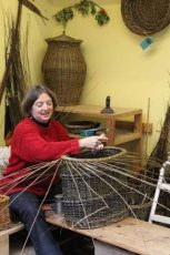 Basketmaking for beginners and improvers